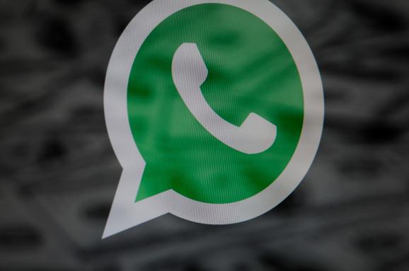 WhatsApp探索使用谷歌来打击错误信息