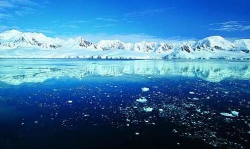 北极冰层显示出1500年的进步和污染