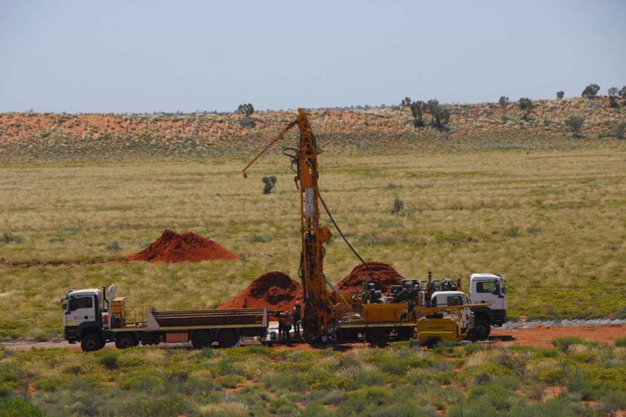 科技宏观:Newcrest开始在西澳大利亚的Greatland Gold项目钻探