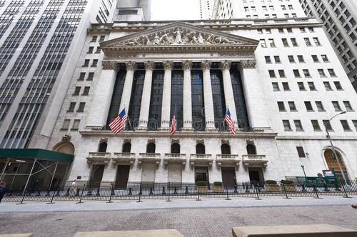 Derivatives平台成为纽约证券交易所前首席执行官的顾问