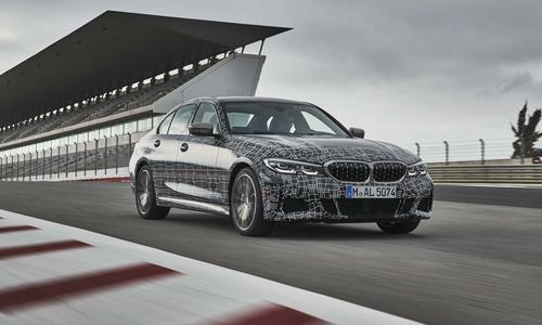 2019年BMW M340i在4.4秒内完全显示0-100km / h