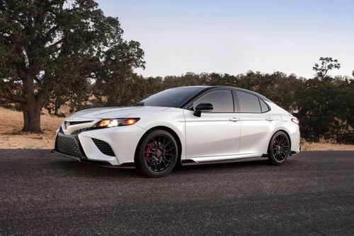 2020丰田凯美瑞TRD表现出强烈的吸引力