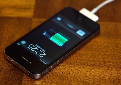 给智能手机电池充电不要犯7个错误
