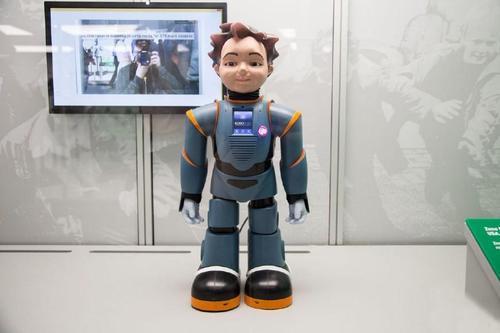俄罗斯刚刚向空间站发送了一个令人毛骨悚然的人形机器人
