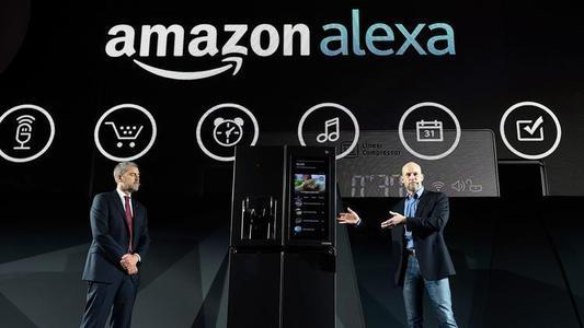 IDEVICES INSTINCT将ALEXA置于智能交换机内