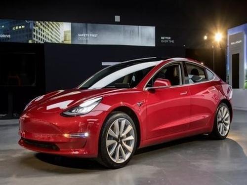 在配置Model 3时Elon尝试提供此选项只是时间问题