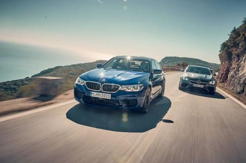 全新的首次BMW M5比赛是市场上最快的四门轿车之一