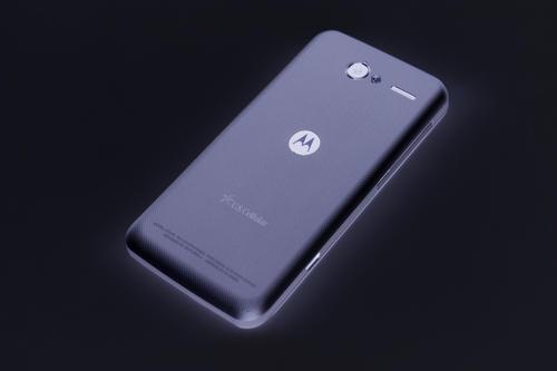 可以通过Amazon Alexa支持推出Motorola One Zoom智能手机