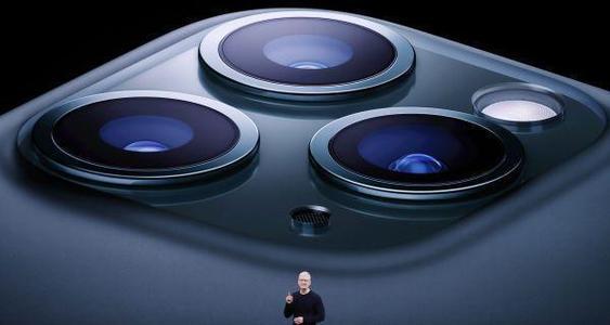 在发布新机后苹果市值破万亿