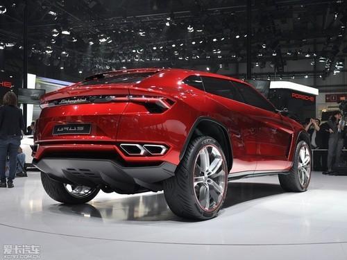 兰博基尼真正推动其新款Urus SUV将拥有一些真正的越野能力
