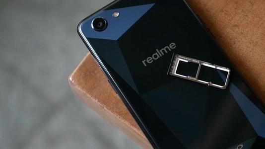 Realme 3 Pro是该公司的一款出色的智能手机