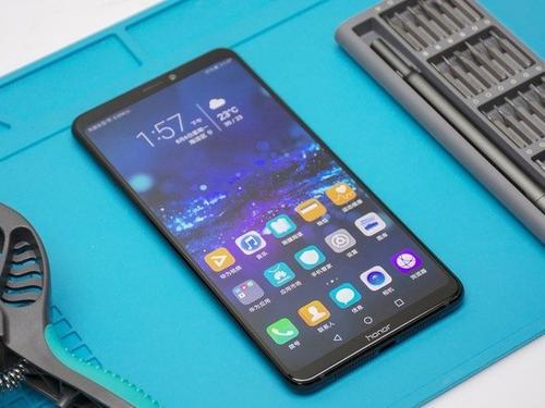 三星Galaxy Note 10智能手机可在5G支持下启动