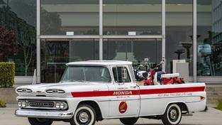 本田恢复了1961年的雪佛兰Apache的皮卡 以纪念其不起眼的开始