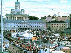 Lahdelma&MahlamäkiArchitects计划为赫尔辛基建造三角形智能摩天大楼群
