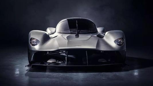阿斯顿·马丁Valkyrie确认为AM-RB 001超级跑车