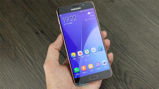 三星Galaxy A7和Galaxy A9价格降至3000卢比了解新价格