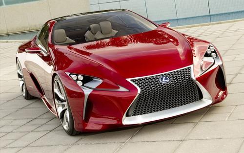 去年日内瓦车展上展出的Sport Coupe Concept的后续产品
