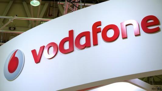 每天1GB数据无限制拨打Vodafone Rs158套餐