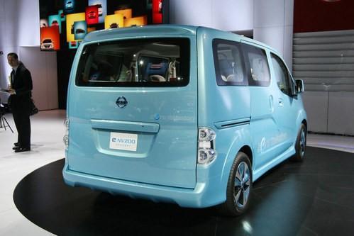 e-NV200是使用LEAF的动力总成在某些海外市场出售的小型电动货车