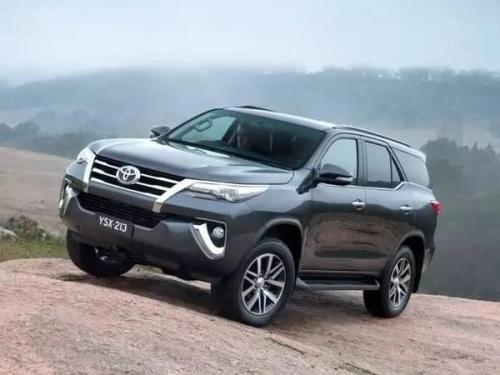 丰田的新款基于HiLux的Fortuner SUV本周在泰国被完全不含伪