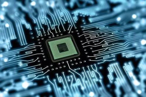 现场可编程门阵列微芯片的线对线等待时间低至740纳秒