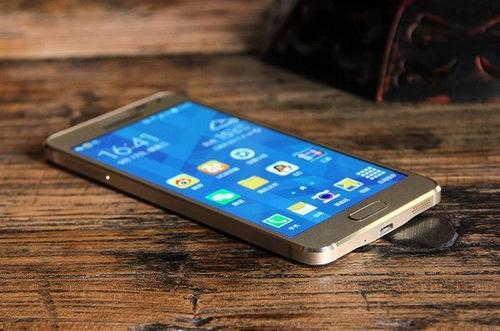 三星的A系列Galaxy智能手机被视为中高端智能手机
