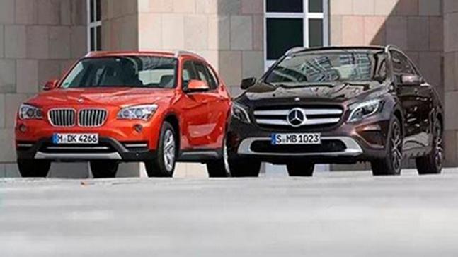 新的奔驰GLE Coupe在视觉上与宝马X6相比较