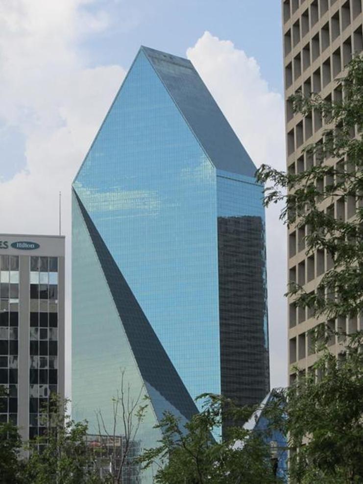 达拉斯的两座远北办公楼已经投放市场
