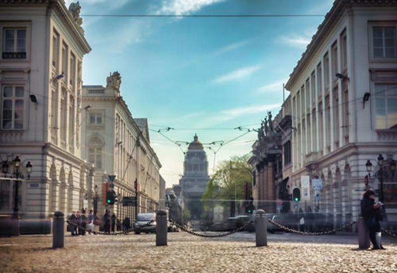 Patrizia向布鲁塞尔商业投资组合投资190欧元