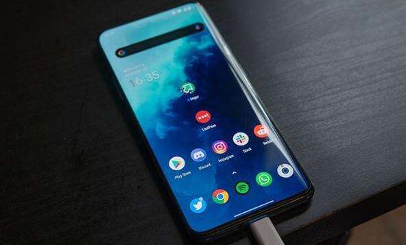 OnePlus全新的优化充电功能可防止手机过度充电
