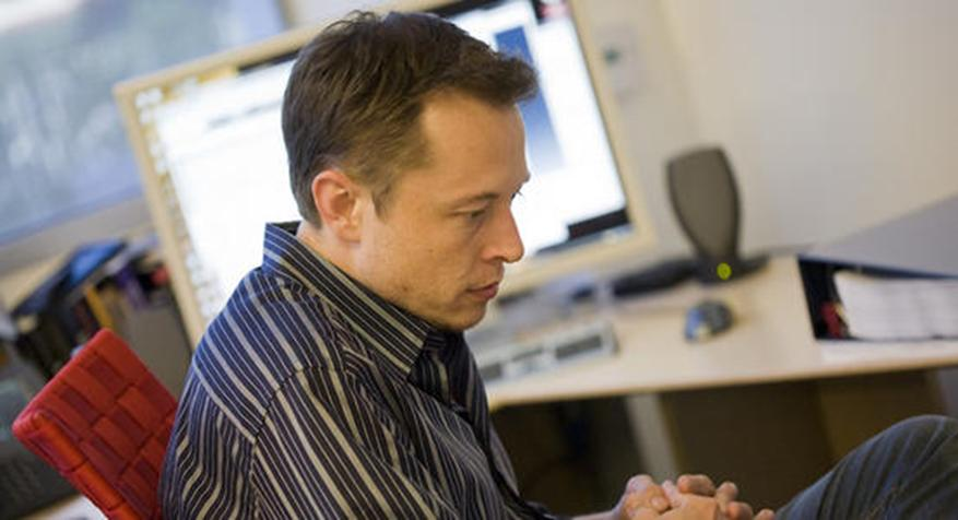 Elon Musk认为Tesla移动应用程序具有车载搜索功能