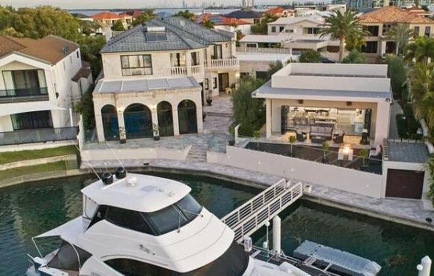 昆士兰州最奢侈的房屋之一终于以近500万澳元的价格售出