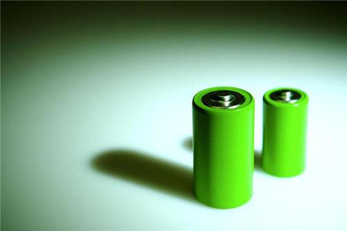 莫纳什声称该电池被誉为能够连续五天为智能手机充电