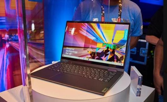 联想的Yoga 5G是世界上第一台能够连接到5G网络的PC