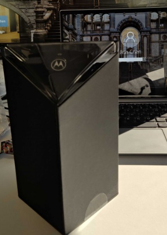 摩托罗拉Razr零售包装盒被公司高管嘲笑