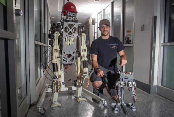 平衡反馈将两足机器人的精度提高到一个新水平