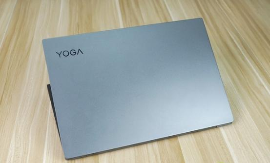 评测联想YOGA  S730怎么样以及惠普星14轻薄本值得入手吗