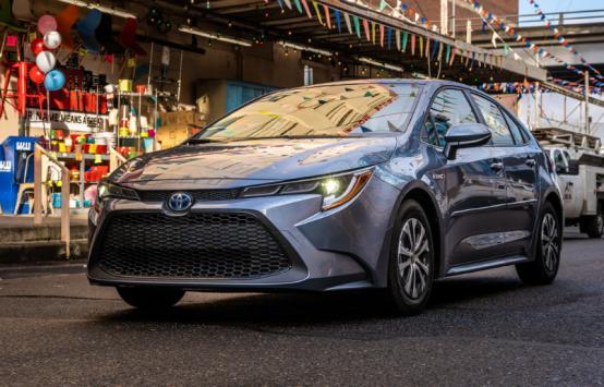 2020年丰田卡罗拉混合动力车评测:大众买得起的混合动力车