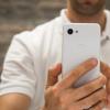 为什么我认为中端手机现在比旗舰产品更令人兴奋