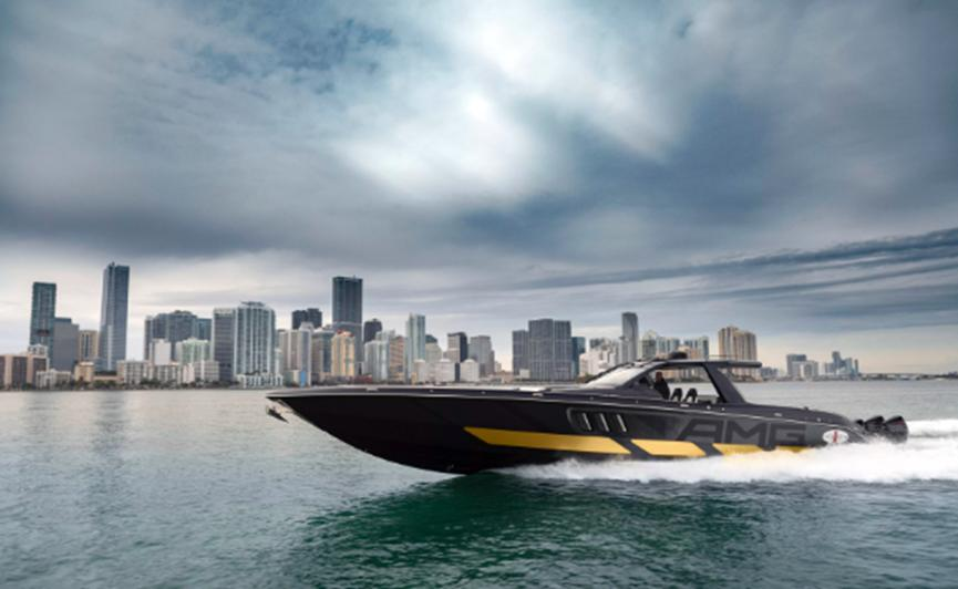 梅赛德斯AMG凭借Cigarette Racing和2700 hp Tirranna AMG Edition重返游艇市场