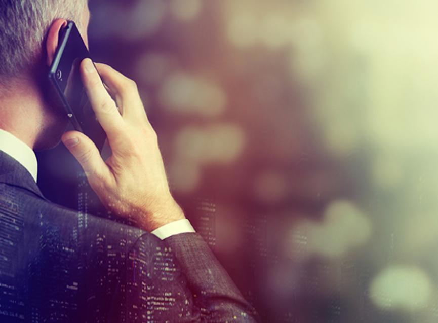到2024年运营商语音收入将下降45%