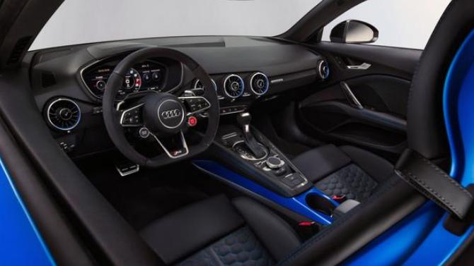 新型绿色奥迪TT RS轿跑车保留了令人赞叹的元素
