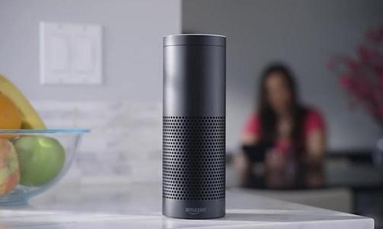 这款支持亚马逊Alexa的灯可能是新的智能扬声器浪潮中的第一款