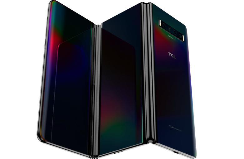 TCL制造了一部荒谬的10英寸智能手机,它可以折叠两次