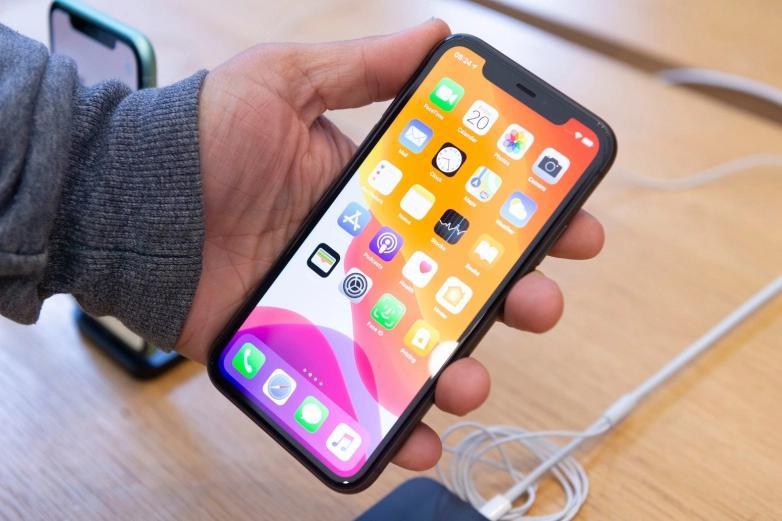 苹果可能已经找到了消除iPhone陷波而又不破坏Face ID的方法