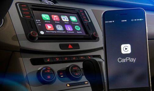 WhatsApp通过完整的免提消息到达Apple CarPlay