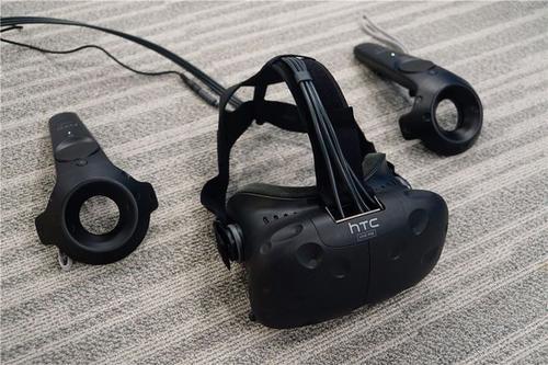 HTC Vive配件可充分利用VR耳机的附加组件和设备
