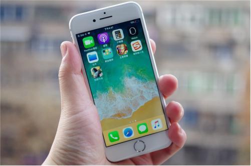 iPhone在青少年中比以往任何时候都更主导安卓系统