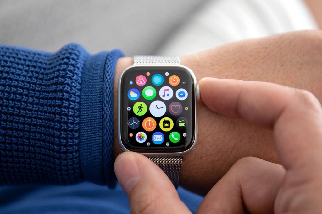 未来的Apple Watch型号可能具有Touch ID并测量血氧水平