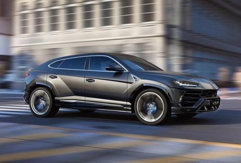 量产版Aston Martin DBX看上去并不像概念车
